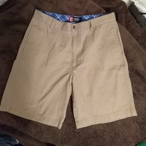 Chaps shorts khaki
